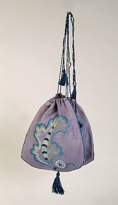 Acanthus Leaf Bag